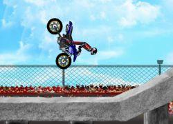 Moto Stunts - תעלולי אופנועים